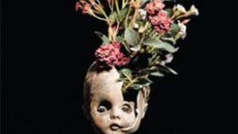 Cartea Casa papusilor – M.J. Arlidge (download, pret, reducere)
