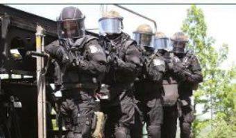 Cartea European Counter-Terrorist Units 1972-2017 – Leigh Neville, Adam Hook (download, pret, reducere)