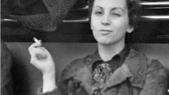 Cartea Fata cu Leica – Helena Janeczek (download, pret, reducere)